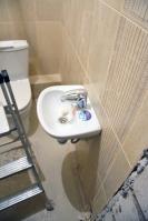 Ремонт туалета подизайн-проекту: мини-раковина
