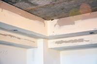 Монтаж ишпатлевание многоуровневого потолка сложной формы