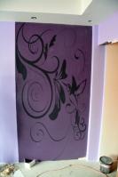 Оклейка фотообоями стен вспальной комнате