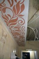 Ремонта ванной комнаты подизайн-проекту: короб сорнаментом
